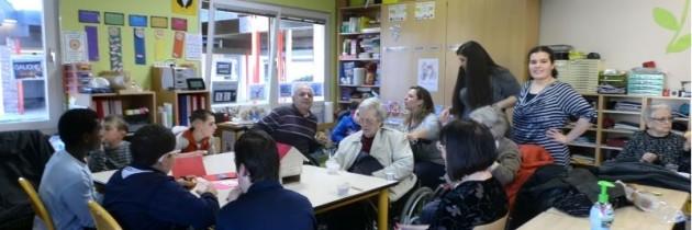 Visite des papis et mamies de la maison de retraite thannoise